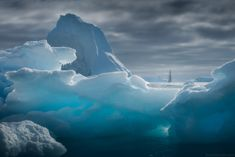 Deep blue ice - Antarctica photo expedition with Bark Europa and Danielkordan.com