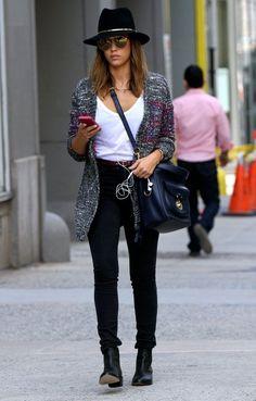 Jessica Alba: Ženstvene traperice koje nogama poklanjaju centimetre