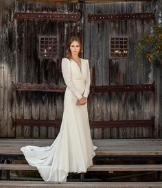 Vintage Style Romantic Long Sleeve Wedding Dress with Low Back and Front, simple wedding dress, vintage wedding dress,bohemian wedding dress by Yasminelayani on Etsy https://www.etsy.com/listing/468579011/vintage-style-romantic-long-sleeve