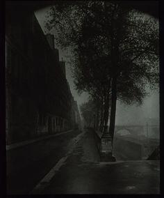 """"""" Eugène Atget, Quai d'Anjou in a morning fog, 1926 """""""