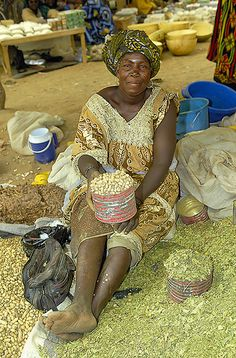 Market vendor . Burkina Faso