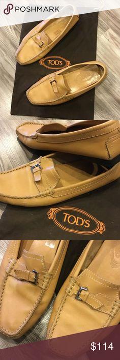 Tods size 7.5 camel shoes Tods size 7.5 camel shoes Tod's Shoes