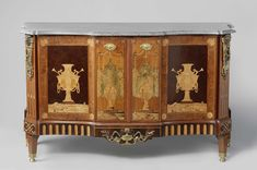 Commode and two cupboards, Anonymous, Nederland, 1770 - 1790. Haarlem reception room 1794, Abraham van der Hart, c. 1793 - c. 1795.