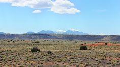 Na Rota 66, você consegue deserto e montanhas nevadas na mesma foto