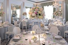 Here you can find the photo gallery for Cranberry Blue's stunningly romantic Great Gatsby themed wedding at Claridges.