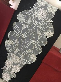 This Pin was discovered by mel White Embroidery, Embroidery Dress, Embroidery Art, Romanian Lace, Butterfly Wallpaper, Cut Work, Bargello, Table Covers, Table Runners