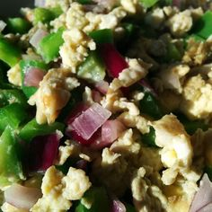 If it weren't for my kids I would've worked right through dinner! Good thing I have fast meal options like this eggegg white scramble with green peppers and red onions. #food #whole30 #paleolife #eatclean #cleaneating #instafood