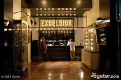 ACE hotel NYC, the coolest hotel interior I've ever seen Ace Hotel New York, New York Hotels, Oyster Hotel, Hotel Reception Desk, Retail Interior Design, Mid Century Lighting, Hospitality Design, Pent House, Hotel Reviews