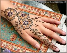 Henna Party Etiquette : Henna practice hand template mermaid mehndi party