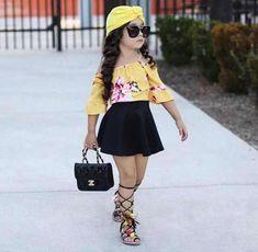 Pequeñas Niñas Fashionistas que se Visten Mejor que los Adultos - Jessica Figueroa Cute Little Girls Outfits, Cute Baby Girl Outfits, Dresses Kids Girl, Kids Outfits Girls, Cute Baby Clothes, Toddler Outfits, Baby Girls, Toddler Girls, Kids Girls