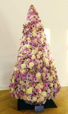Dior's Christmas Tree 2013