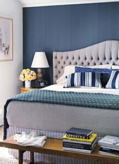 """Don't normally like """"ACCENT"""" walls, but love this grasscloth"""