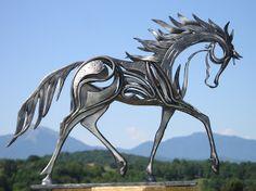 """Coup de Coeur"" - sculpture by Emmanuel Kieffer;  15.75"" tall  http://www.emmanuel-kieffer.blogspot.fr/search?updated-min=2012-01-01T00:00:00-08:00&updated-max=2013-01-01T00:00:00-08:00&max-results=16"