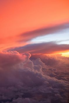 Orange clouds in the sky Aesthetic Backgrounds, Aesthetic Iphone Wallpaper, Aesthetic Wallpapers, Aesthetic Lockscreens, Cloud Wallpaper, Nature Wallpaper, Sunset Wallpaper, Pretty Sky, Beautiful Sky