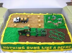 John Deere Cake on Cake Central - Cake Decorating Square Ideen Cake Central, Tractor Birthday Cakes, Cake Birthday, Tractor Cakes, Tractor Cupcake Cake, Birthday Board, Birthday Nails, Boys Birthday Cakes Easy, Birthday Diy