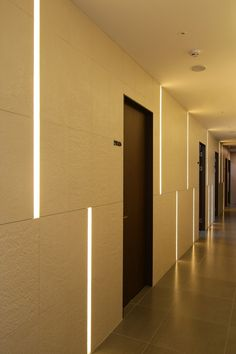 헤리플란트 치과 시공 사진입니다. FACADEHALL & WAITING PLACEHALL WAY... Hotel Corridor, Hotel Door, Lobby Design, Hall Design, Hotel Architecture, Architecture Design, Cafe Interior, Interior Design, Flur Design