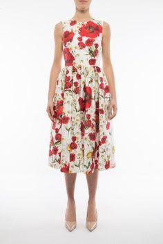 DOLCE & GABBANA Dress. #dolcegabbana #cloth #dresses