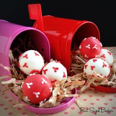 Pint Sized Baker: Special Delivery of Cake Pops  #ordersome