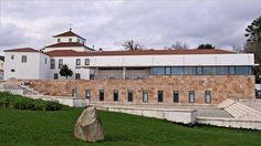 Biblioteca Municipal de Figueiró dos Vinhos (Portugal)