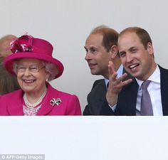 dailymail: Patron's Lunch in Honor of Queen Elizabeth's Birthday, June Elizabeth, Earl of Wessex and Duke of Cambridge watch the parade Queen Elizabeth 2, Queen 90th Birthday, Die Queen, London Today, Louis And Harry, Prince Phillip, Princess Margaret, Save The Queen, Royal Weddings