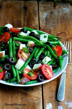 Green Bean Pasta Al Fresco, a filling, low-calorie summer meal!