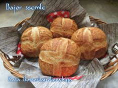 Bajor zsemle (Gluténmentesen is) Muffin, Paleo, Food And Drink, Gluten Free, Bread, Cheese, Breakfast, Glutenfree, Morning Coffee
