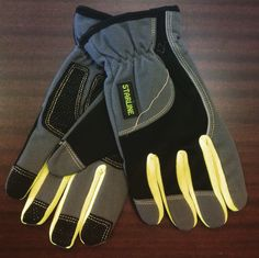 Great gloves/reflective strips/anti slip surface on palm and finger tips/fluorescent color/elastic wrist. What else you needed? Protective Gloves, Fluorescent Colors, Palm, Finger, Surface, Tips, Leather, Fashion, Moda