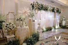 Flowers wedding backdrop backgrounds 32 ideas for 2019 Rustic Wedding Backdrops, Wedding Decorations, Rustic Backdrop, Decor Wedding, Photo Booth Backdrop, Flower Backdrop, Wedding Stage, Wedding Arrangements, Elegant Wedding