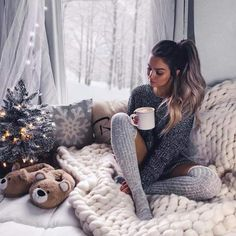 outfits at home comfy / outfits at home ; outfits at home comfy ; outfits at home casual Tumbr Girl, Cozy Christmas, Xmas, Cute Christmas Outfits, Christmas Girls, Christmas Pajamas, Christmas Photography, Winter Pictures, Christmas Pictures