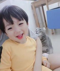 Cute Asian Babies, Korean Babies, Asian Kids, Cute Babies, Cute Baby Boy, Cute Little Baby, Little Babies, Cute Boys, Beautiful Children