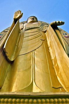 The Golden Buddha, Mindroling Monastery, Dehradun, Uttarakhand, India - Flickr - Photo Sharing!