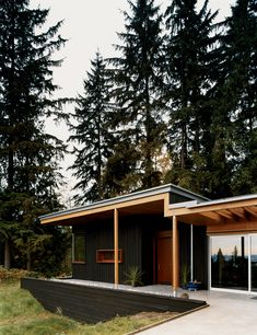 VANCOUVER: A modern remodel for wheelchair access. 9/11/2012 via @dwell | Photo by Misha Gravenor
