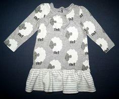 http://www.littlesister.at/mädchenkleidung/kleider-röcke/56-68/ Next Kleid aus Baumwolle Gr. 62 (0-3 Mon.) 6,00 €