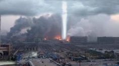 Estranho feixe de luz surge na Flórida: Sinais monstruosos no céu são flagrados em todo o mundo - Sempre Questione