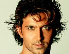 Hrithik Roshan - Bollywood godman who smouldered in Dhoom2 - WOW!!