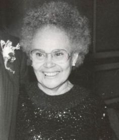 1958 Hattie Mae White, mother of five is the first black woman in Texas elected to public office and the first black since Reconstruction when she wins a seat on the Houston school board.