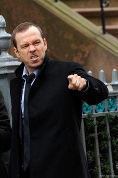 Donnie Wahlberg on the Blue Bloods set 2 Blue Templar, Tom Selleck Blue Bloods, Donnie And Jenny, Blue Bloods Tv Show, Jesse Stone, Donnie Wahlberg, Family Affair, New Kids, Actor