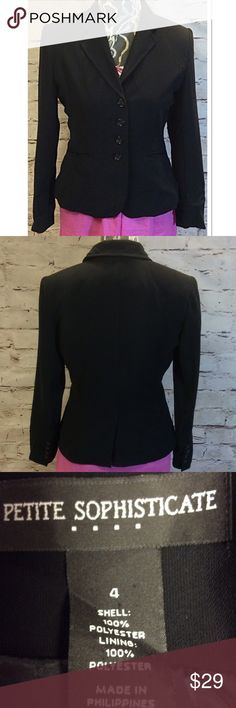 PETITE SOPHISTICATE BLACK BLAZER/JACKET Nice lightweight BLAZER that's a great staple piece for fall. Either dressy for the office or casual with jeans. This will do the trick. Gently used Petite Sophisticate Jackets & Coats Blazers