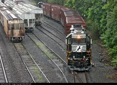 RailPictures.Net Photo: NS 5612 Norfolk Southern EMD GP38-2 at Suffern, New York by Marty Bernard