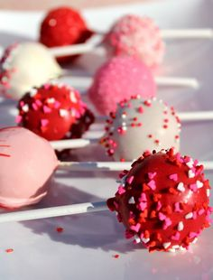 Valentine Signature Series Cake Pops Valentine's Day Cake Pops , Cakepops #lowcountry #AmazonFinds Mickey Cake Pops, Valentines Day Cakes, Valentines Diy, Red Cake, Olive Oil Cake, Dessert Recipes, Desserts, Themed Cakes, Tasty