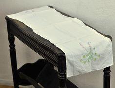 Small Vintage #Emroidered #Tablecloth Runner $32.00 by TheVelvetBranch.Etsy.com #vintagelinens #tablerunner #midcentury #pastelflowers