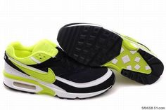huge selection of 9c465 aade8 Le Scarpe Alla Moda Nike Air Max 1 Air Max Day Master 910772 002 White  Colorful Running Shoe, cheap Nike Air Max Engineered mesh provides  ventilation for ...