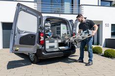 Prestavba vozidla - mobilná dielňa - servisné a montážne vozidlo