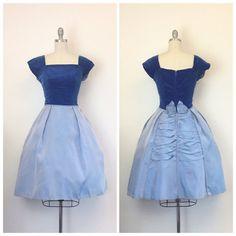 años 50 dos tonos Vestido de fiesta por CheshireVintageShop en Etsy