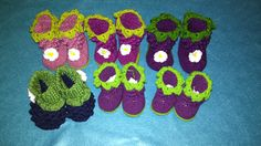crochet baby booties with bobble stitch
