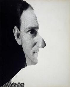 Erwin Blumenfeld, Sans titre (Autoportrait), 1945. Tirage d'époque, 59 x 52 cm avec cadre. Collection particulière.