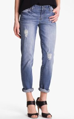 Kut from the Kloth - boyfriend jeans on redsoledmomma.com