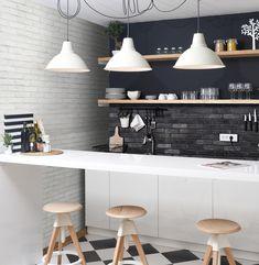 Building A Home Bar, Credence Adhesive, Basement Bar Designs, Basement Ideas, Basement Bars, Modern Home Bar, Feature Tiles, Style Deco, Wall And Floor Tiles