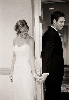 cute pre-wedding pic idea