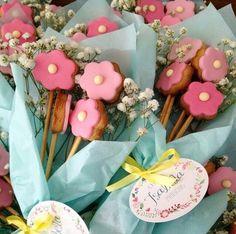 Lindos bouquets de flores de biscoito